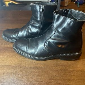 Sketchers Black Leather Boots - 10.5